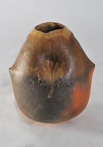 第68回滋賀県美術展覧会(工芸の部)特選「火色叩き壷『偶』」